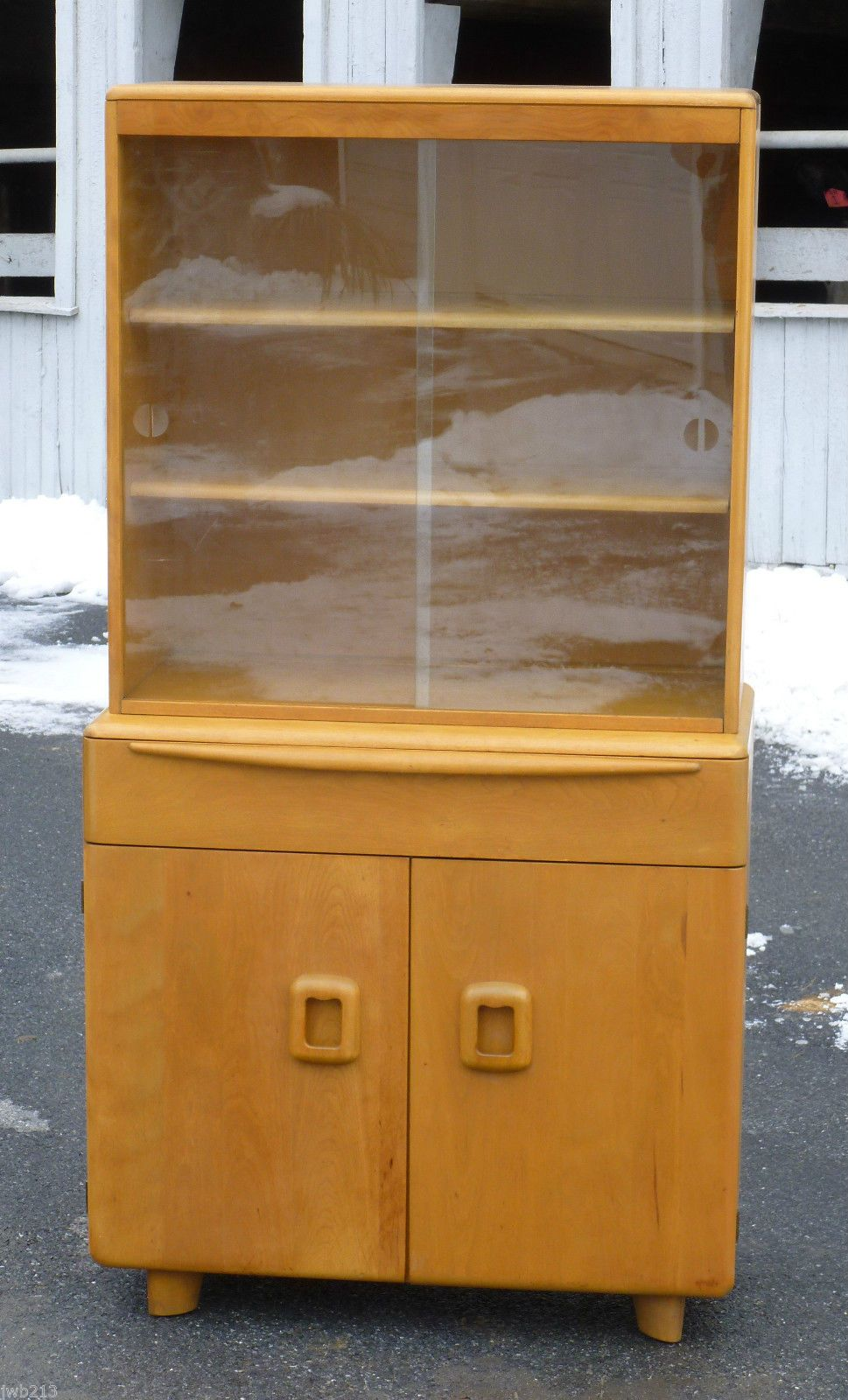 HEYWOOD WAKEFIELD CHINA CABINET On SERVER BASE   M175 On M190   ORIGINAL  WHEAT. 50s FurnitureAntique ...