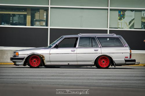 Slammed Toyota Cressida wagon. Photo by lifeintransit.