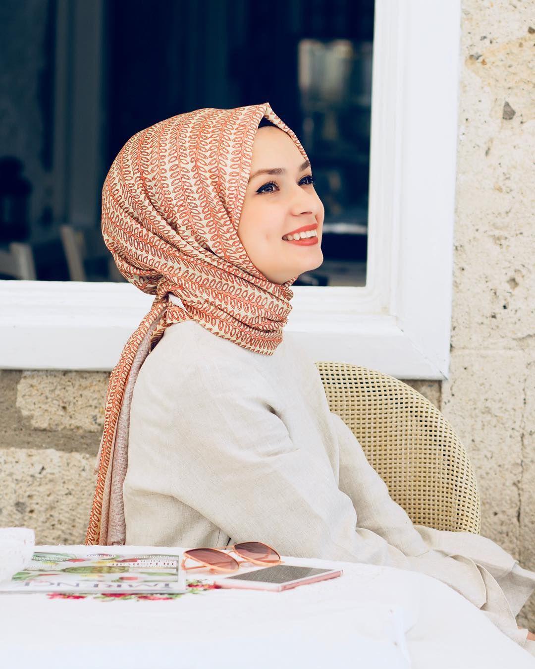 Suheda Turkoglu Casual Hijab Outfit Sal Basortusu Modasi
