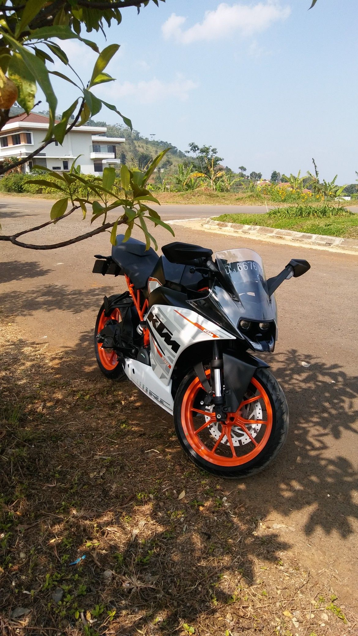 Pin By Meet Katua On Bikelife Ktm Ktm Rc Cafe Racer Moto