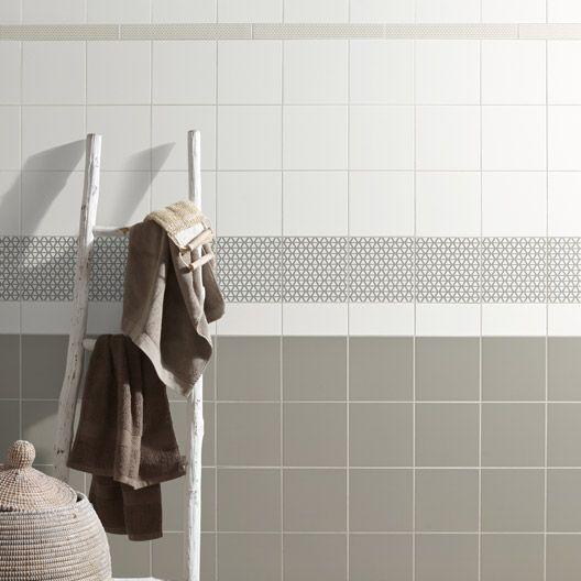 Carrelage mural astuce en fa ence blanc blanc n 0 10 x 20 cm salle de bain pinterest for Comcarrelage blanc mural