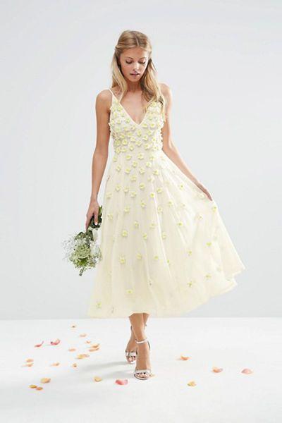 Günstige Brautkleider: Die 9 besten Labels für bezahlbare
