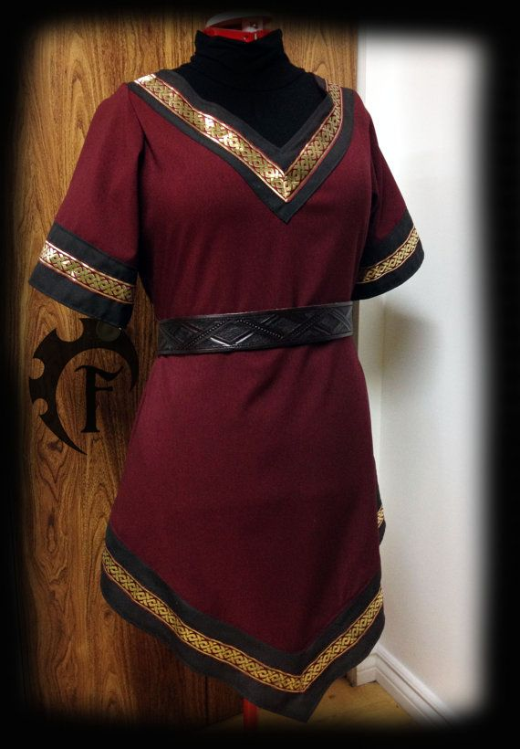 medieval tunic women the image kid has it. Black Bedroom Furniture Sets. Home Design Ideas