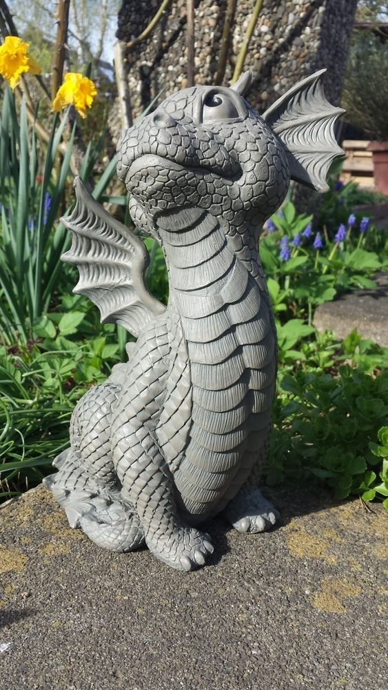 Gartendrachen Schaut Nach Oben Fantasy Drachenfiguren Drachen Figur Figuren Deko Garten Terrasse Dekoration Ga Dragon Garden Dragon Pictures Dragon Decor