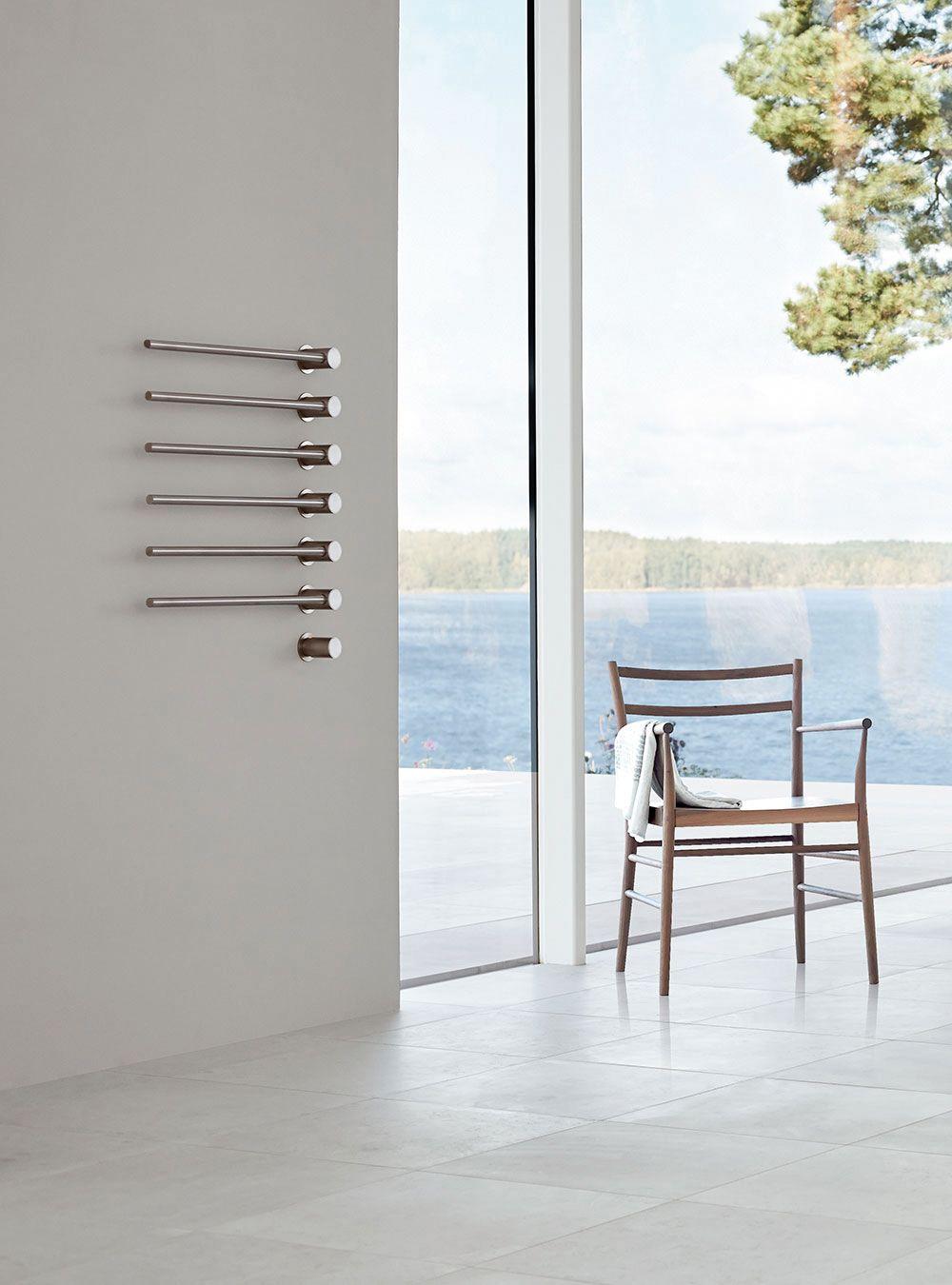 Salle De Bains Chauffage Seche Serviettes Vola T39el Met Afbeeldingen Handdoek Warmer Scandinavisch Design Badkamer Radiator