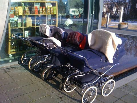 In Finland Mothers Often Park Their Baby Carriages Outside The Shop With The Baby Still In The Carriage Baby Nap Baby Sleep Kids Sleep