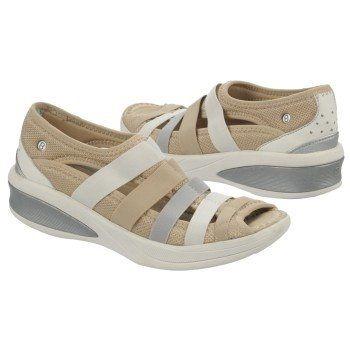 7c2eaba3944fd8 Naturalizer Women s BZees Freedom at Famous Footwear