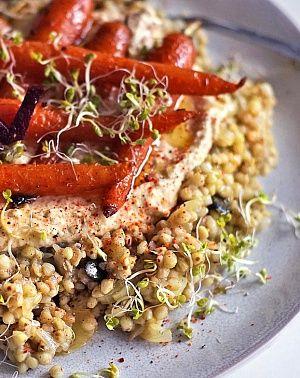 Obrázek - Pohanka s humusem a pečenou mrkví