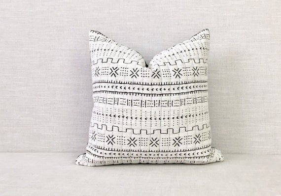 Black and White Mudcloth Pillow Cover // Boho Home Decor // Scandinavian Decor // Nordic Decor // Th