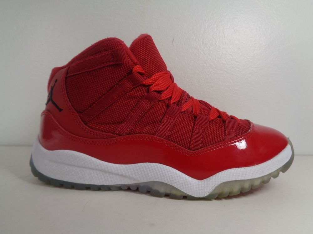 b8978a57f33b Kids Nike Air Jordan Retro 11