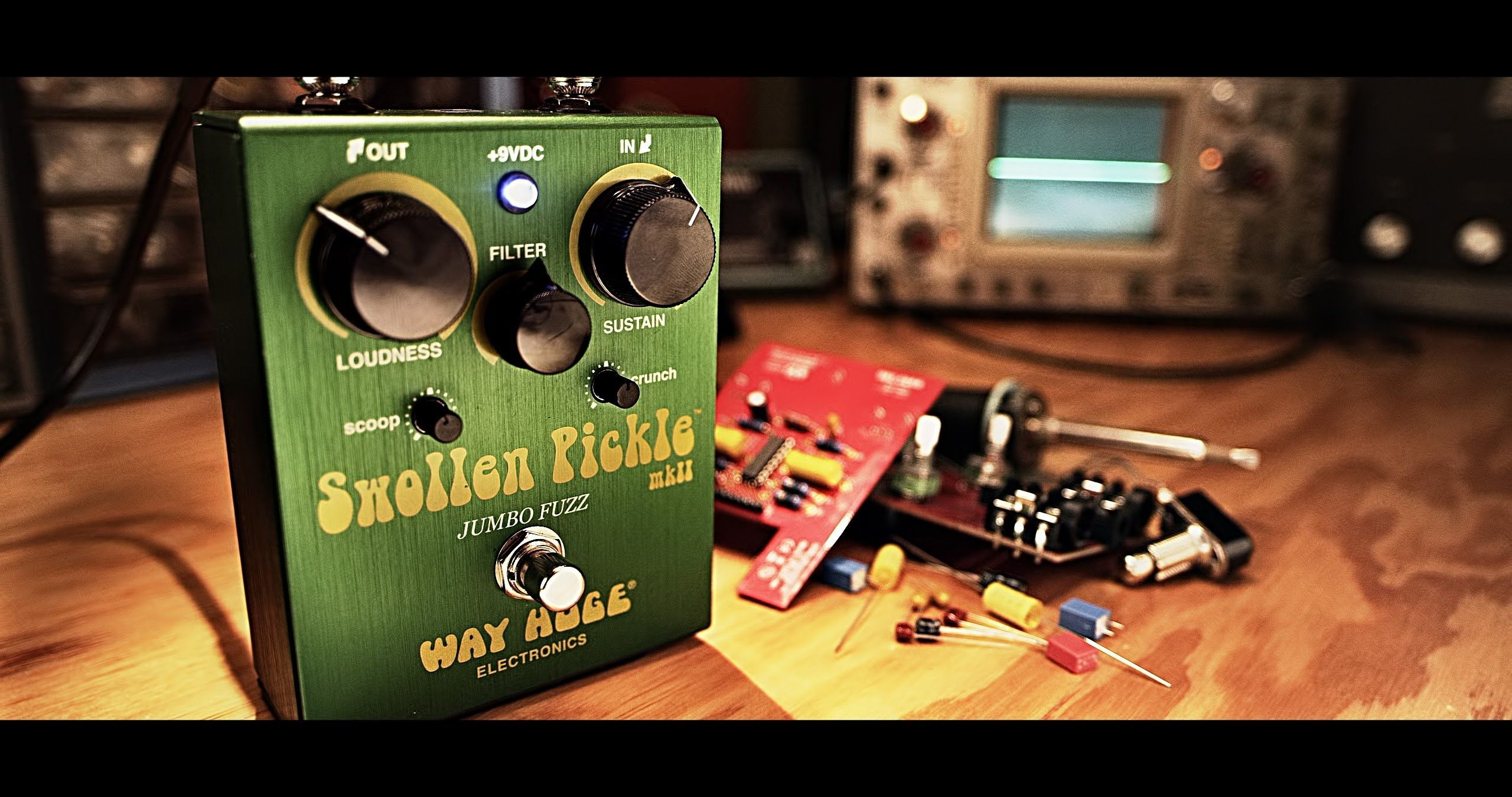 WAY HUGE Swollen Pickle MKII - More fuzz than a moldy peach!  ПОПУСТ! СТАРА ЦЕНА :  9.300,oo ден  НОВА ЦЕНА :  8.200,oo ден