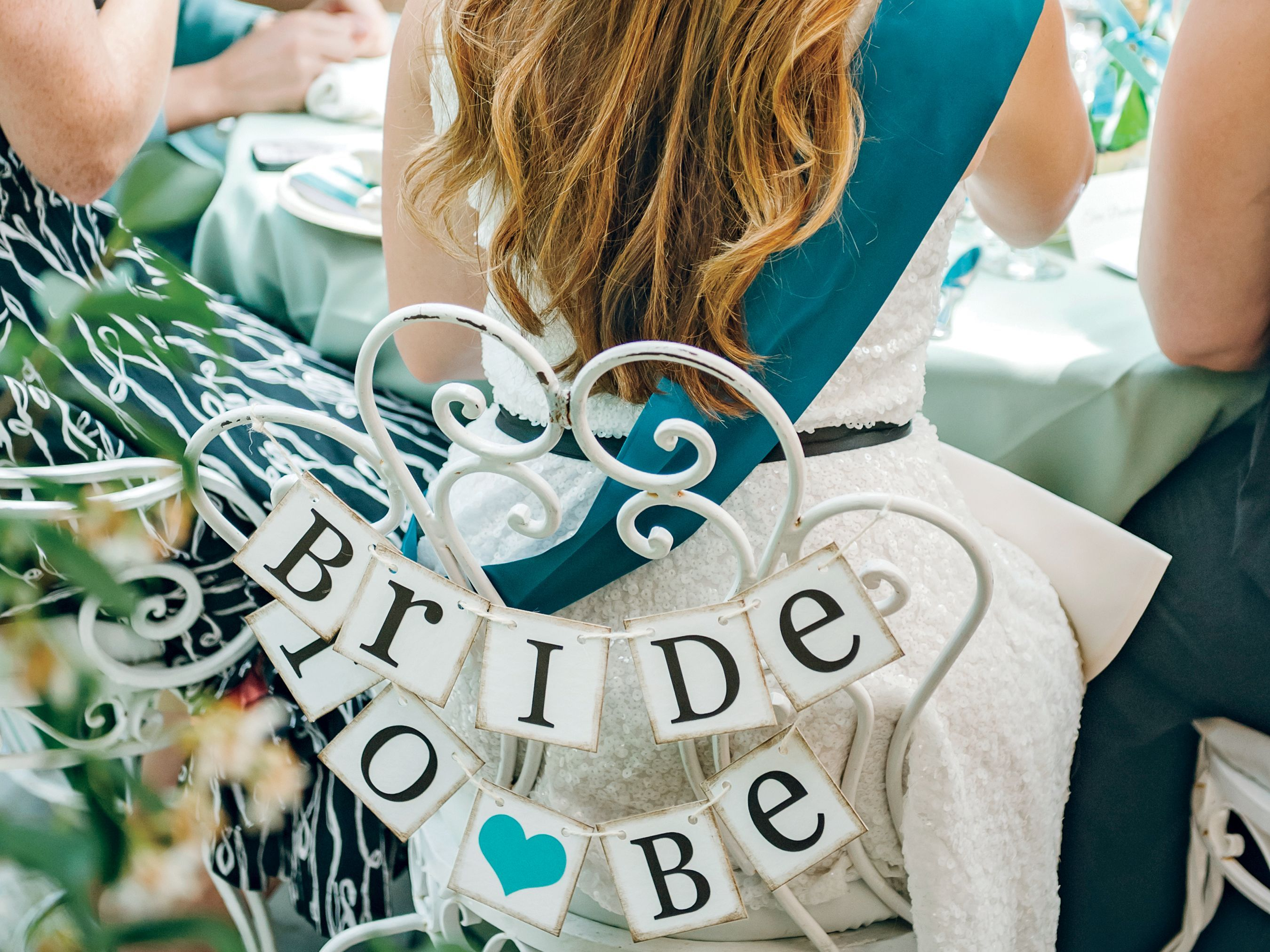 The Ultimate Bridal Shower Game Guide | Game guide, Bridal shower ...