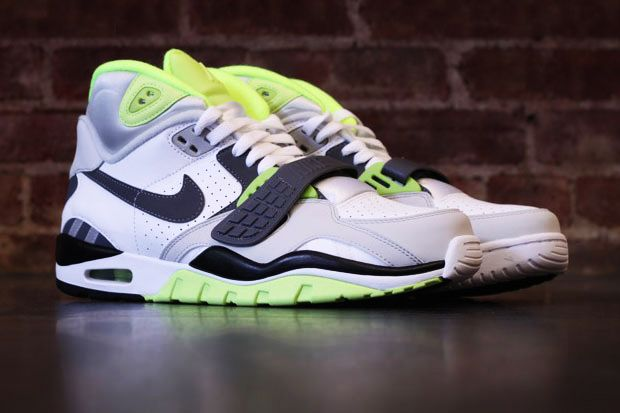 bed4bd56aa5dfc Nike Air Trainer SC II. Bo Jackson.