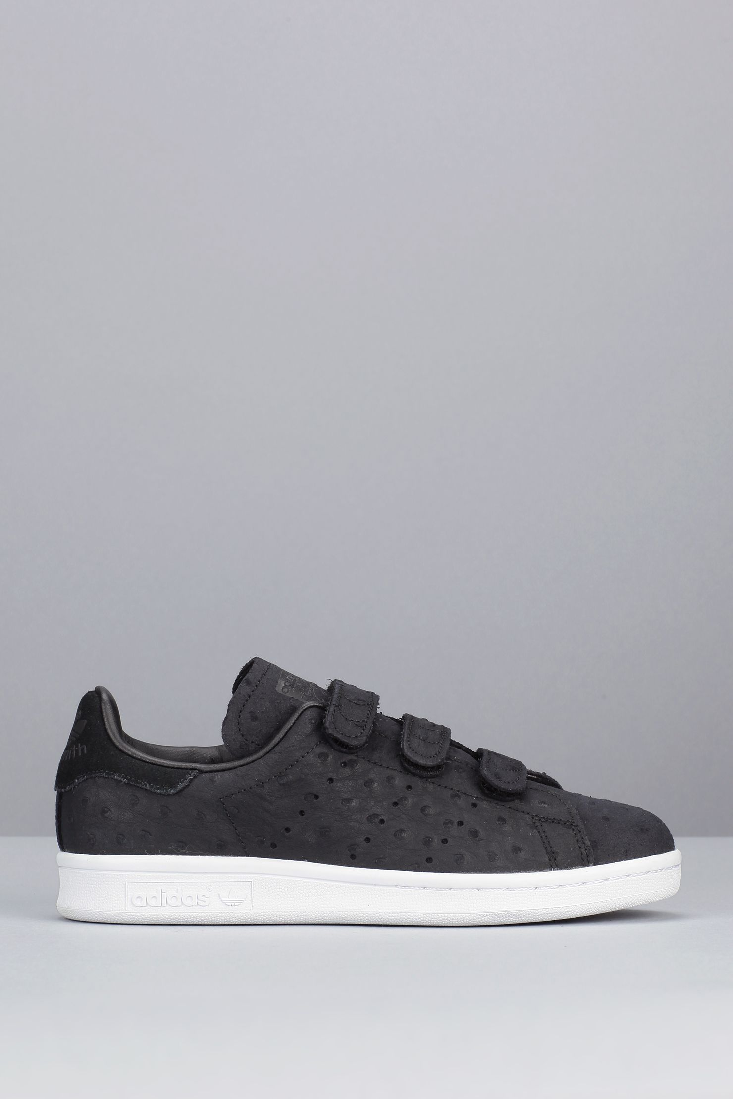 sneakers noires nubuck texture pois scratch stan smith cf. Black Bedroom Furniture Sets. Home Design Ideas