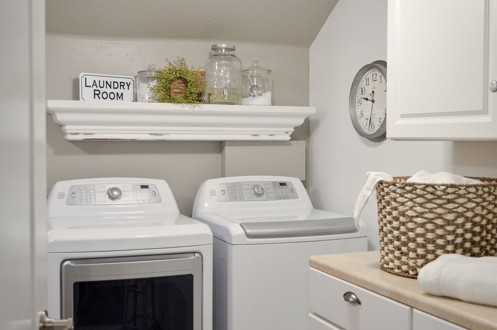 Small Space Combination Laundry Room Powder Bathroom Refresh Laundry Room Makeover Laundry Room Small Laundry Rooms