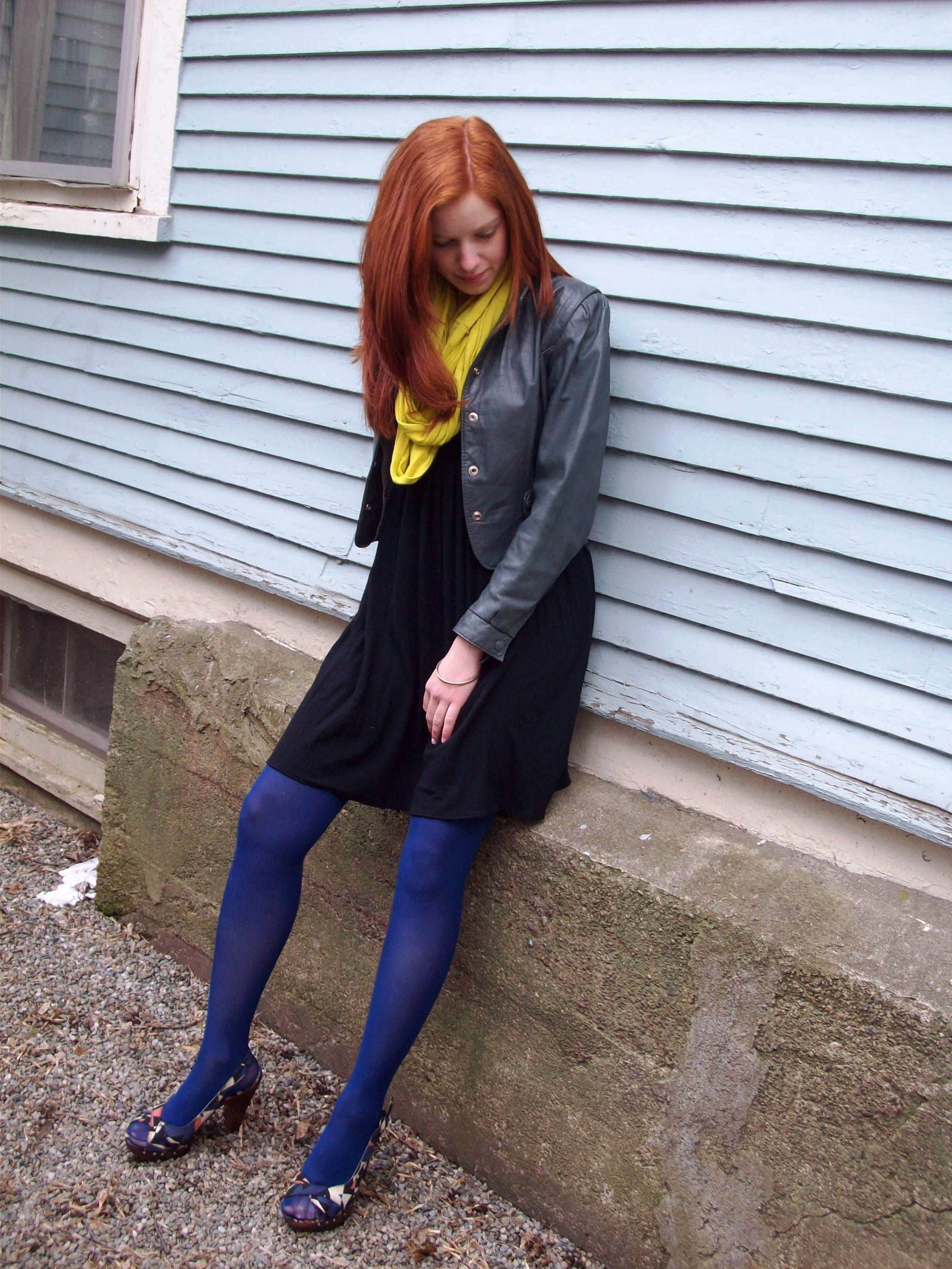 7eb1e4180 Fashion my legs - The Tights and Hosiery blog  How to wear open-toed shoes  with tights