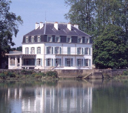 Chateau De Chambord L Incontournable De Vos Vacances En Loir Et Cher Chateau De Chambord Loir Et Cher Jardin Francais