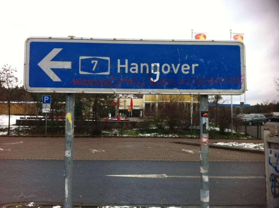 street art hangover hannover street art urban art pinterest hannover street art and. Black Bedroom Furniture Sets. Home Design Ideas
