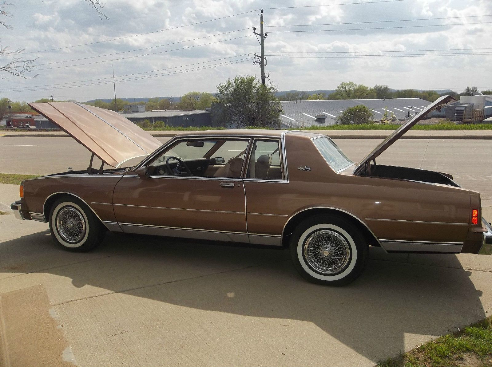 1986 chevrolet caprice 2 door landau sport coupe in dark chestnut 30 000 miles with the demise of the impal chevrolet caprice chevrolet chevy caprice classic 1986 chevrolet caprice 2 door landau