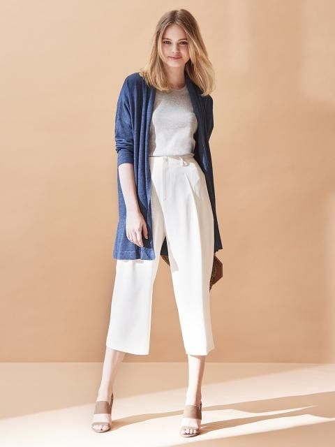 Comfortable and chic. Stand out in our beautifully flowing Drape Wide Leg Ankle Length Pants.