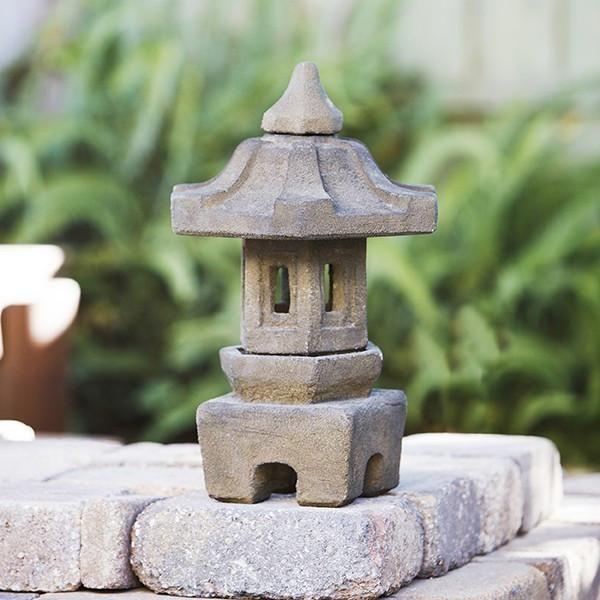 Easy Garden Pagoda Japanese Garden Design Easy Garden Garden Art Diy