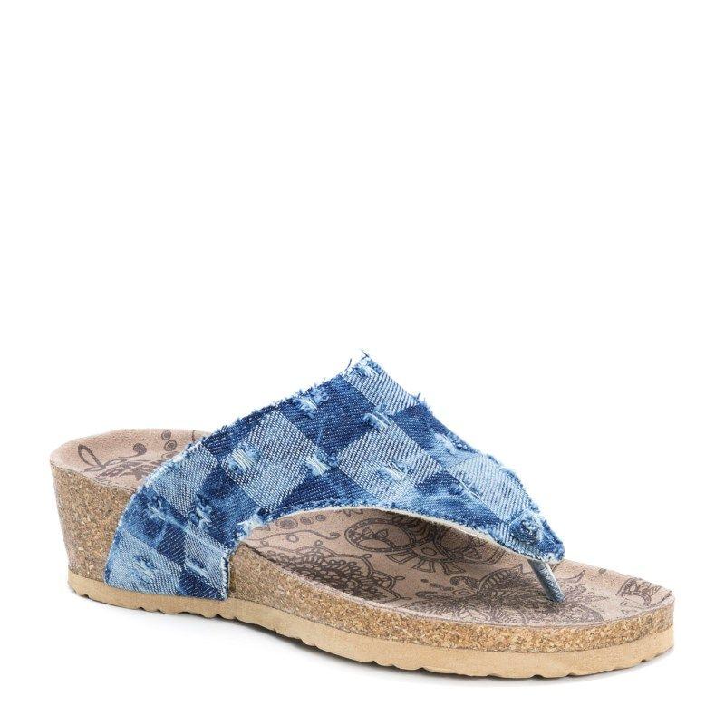 Muk Luks Women's Sue Ellen Footbed Sandals (Denim Blue Suede)