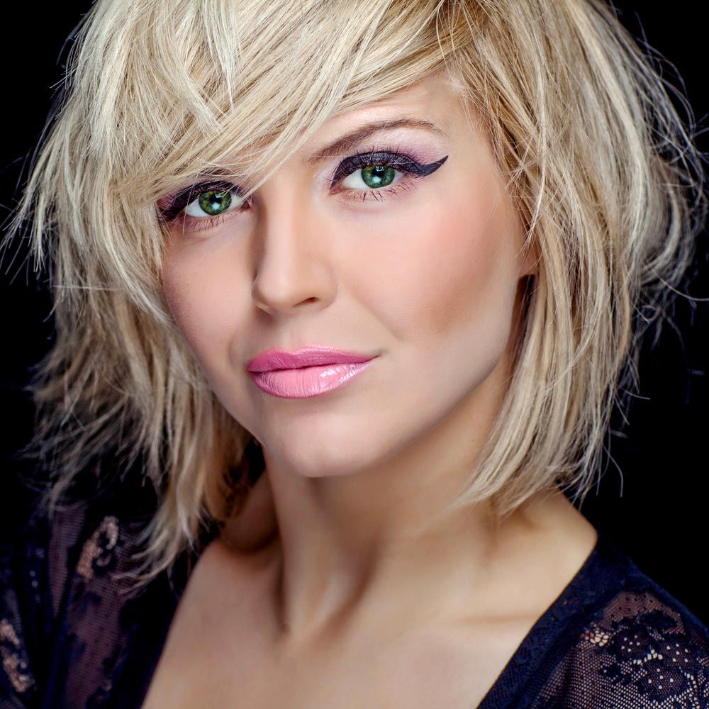 Blonder Fransiger Bob Bob Frisuren Pinterest Bobs And Bob