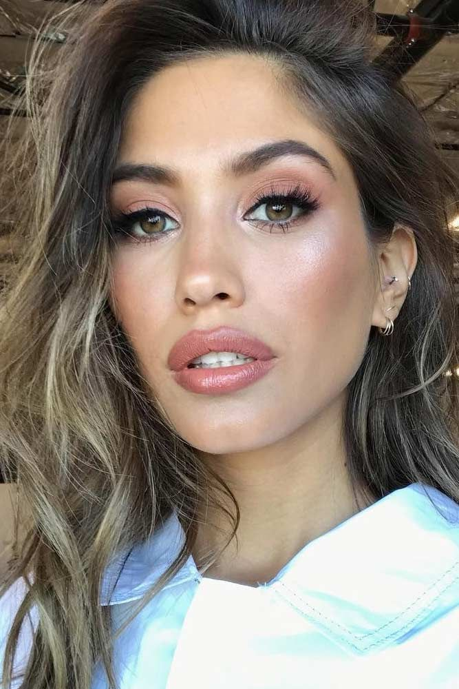 A Complete Guide To Olive Skin Tone Makeup | Makeup ...  A Complete Guid...