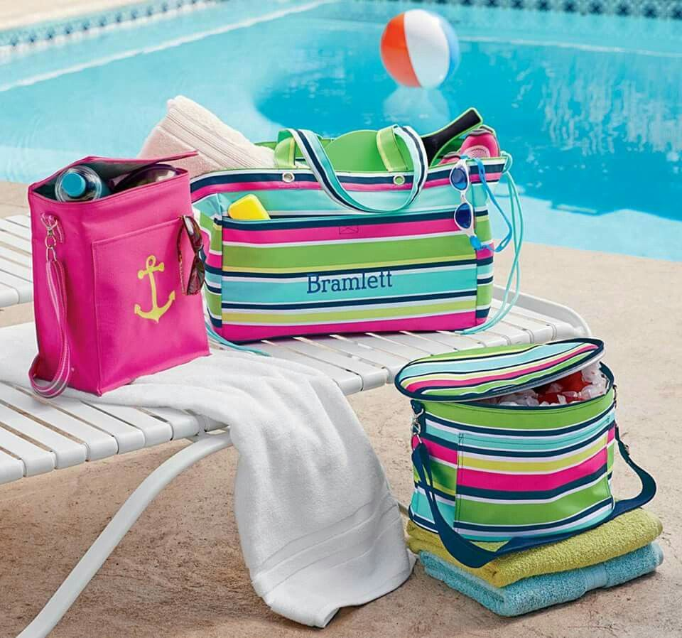Fun at the beach with a little preppy pop and pink by Thirty-One ...