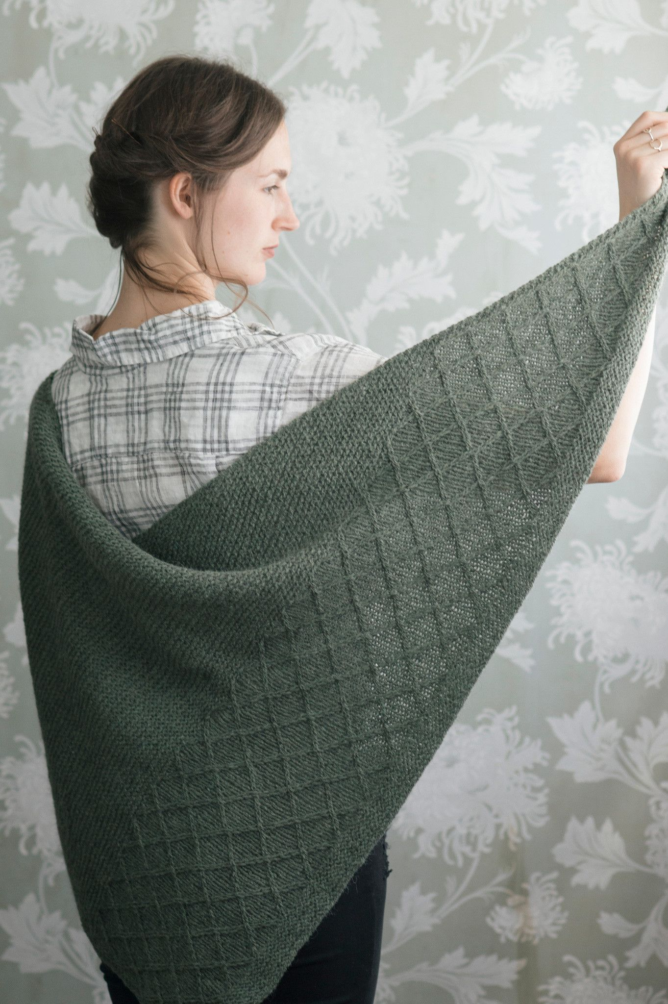 Laika shawl by quince and co knitting pinterest shawl knit laika shawl knitting pattern quince and co dt1010fo