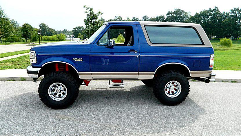 1996 Ford Bronco 351 Ci Automatic Mecum Auctions Ford Bronco Bronco Bronco Truck