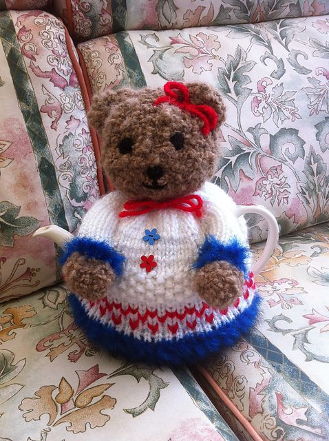 Cute teddy tea cozy | Tea and Cup Cozies | Pinterest | Teteras ...