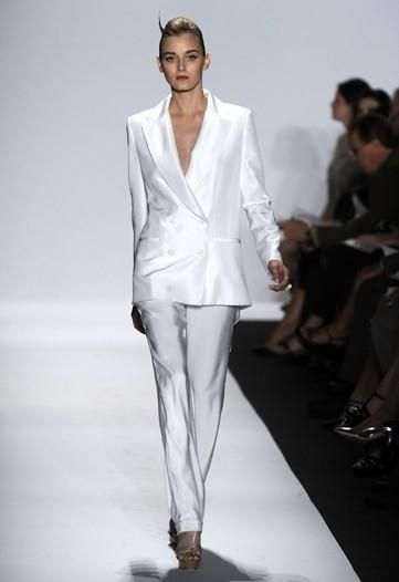 This white linen pant suit debuted at Badgley Mischka Women\'s Spring ...