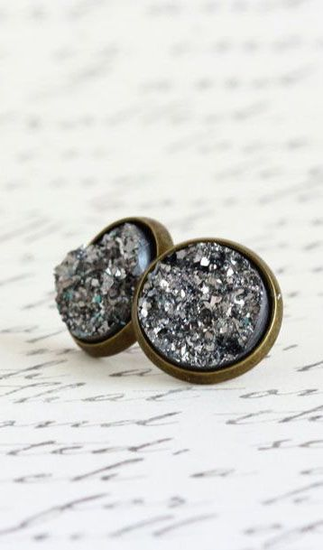 89516aceb Post Brass Dark Grey Sparkle Stud Earrings | I want! | Jewelry ...