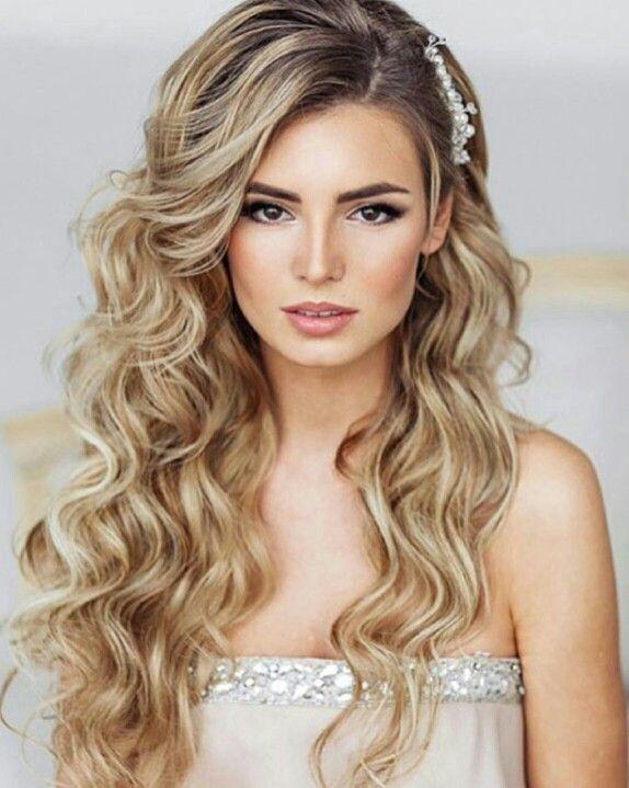Pin By Sophia On Hair Ideas Wedding Curls Hair Styles Long Hair Styles