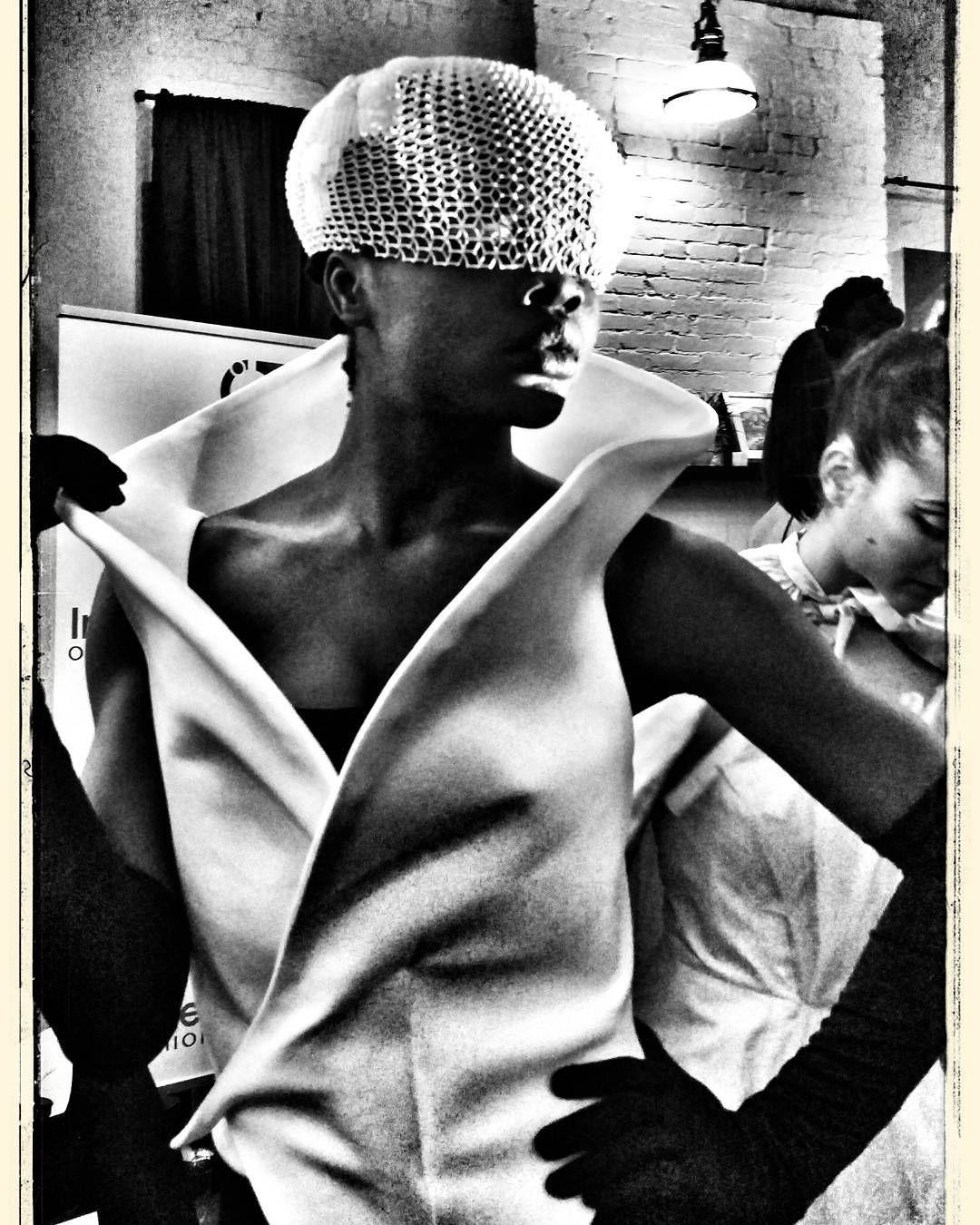 #3dfashion #3dprinting #editorialfashion #editorialphotography#blackmodels #blacknwhitephotography #model#photooftheday #igersbrooklyn #phonography #photographer #brooklynbaadgirl # by brooklynbaadgirl