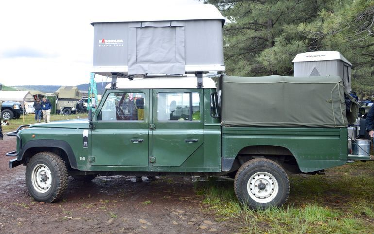 Military Land Rover with pop-up roof tent & Military Land Rover with pop-up roof tent | CamperPortal - Roof ...