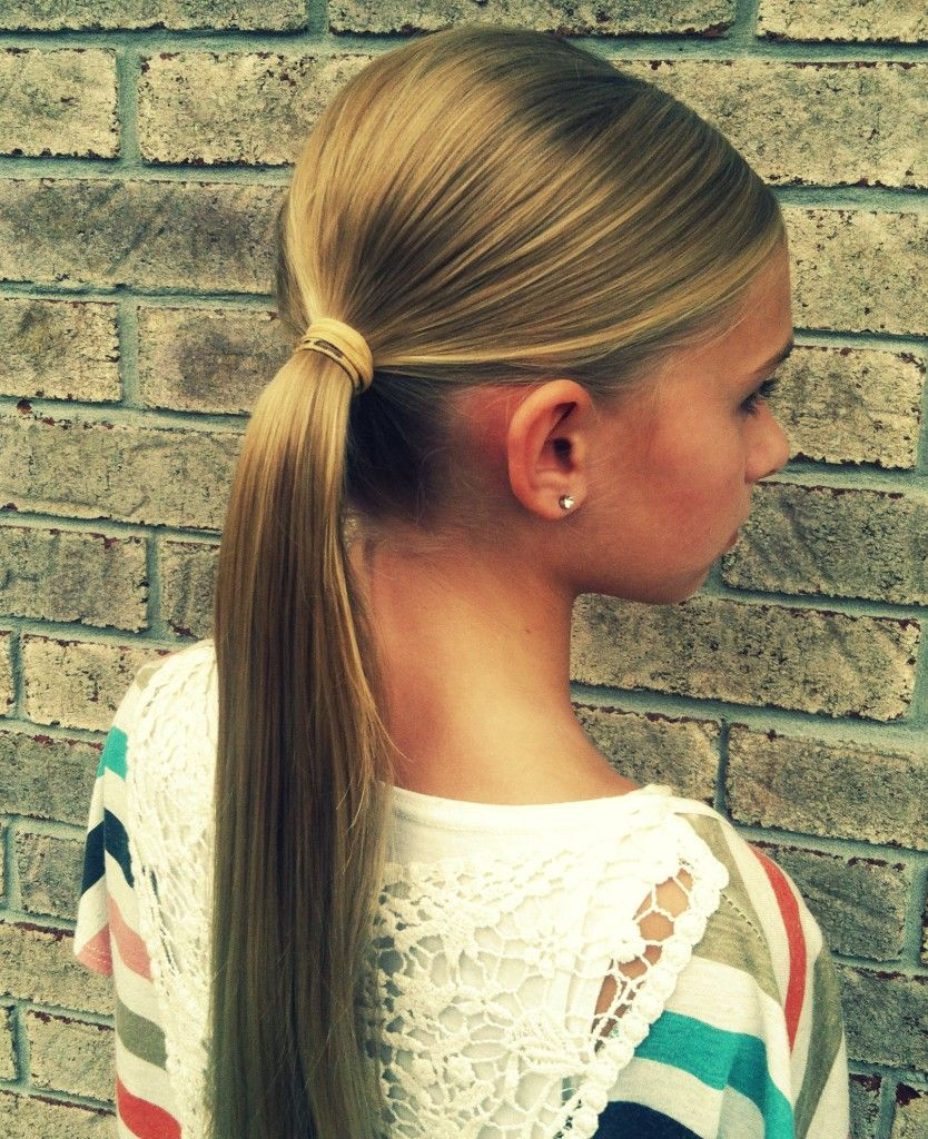Flower bun tutorial cute fast and easy hairdo love this just