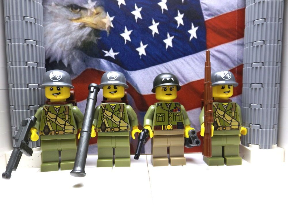4x LEGO WWII British 1x Field Marshall Montgomery and 3x 8th Army Infantrymen