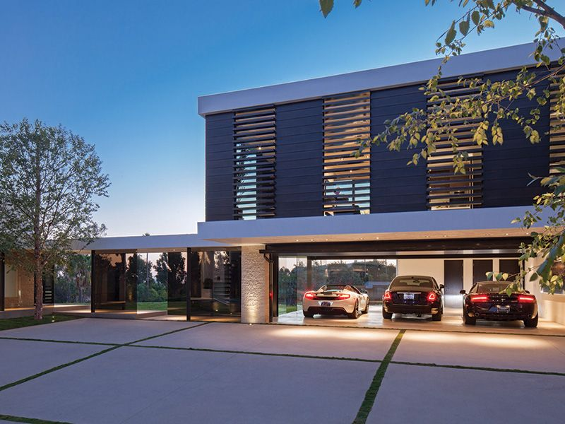 #Modern Mansion With Wrap Around Pool and Glass-Walled Garage For $36 Million in #LA - 5 car #garage