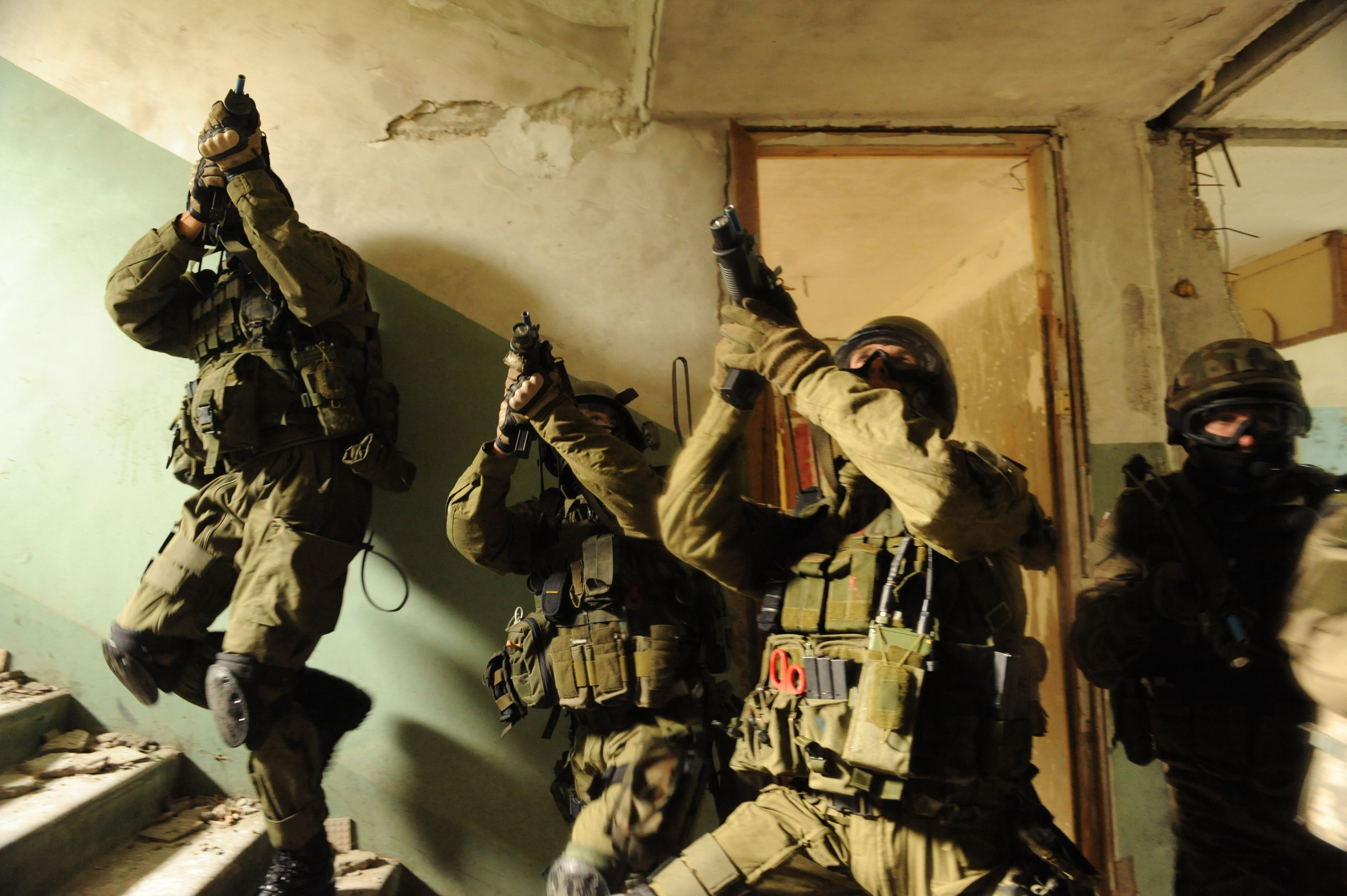Polish special operations soldiers from the 1st Special