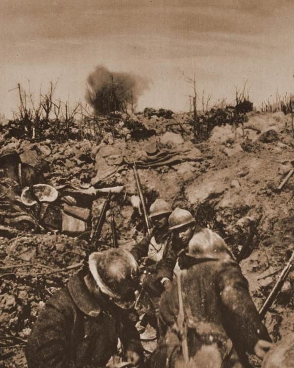 trench warfare hell on earth essay Animated stereoscopic photographs of dead german and french soldiers on the battlefields where they fell during world war 1 they were probably all taken by french photographers.