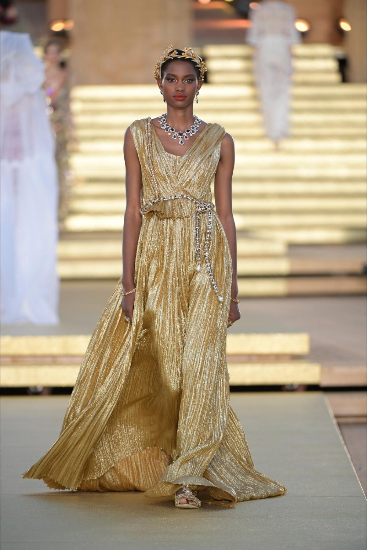 Sfilata Dolce Gabbana Agrigento Alta Moda Autunno Inverno 2019 20 Vogue Alta Moda Moda Autunno Vogue