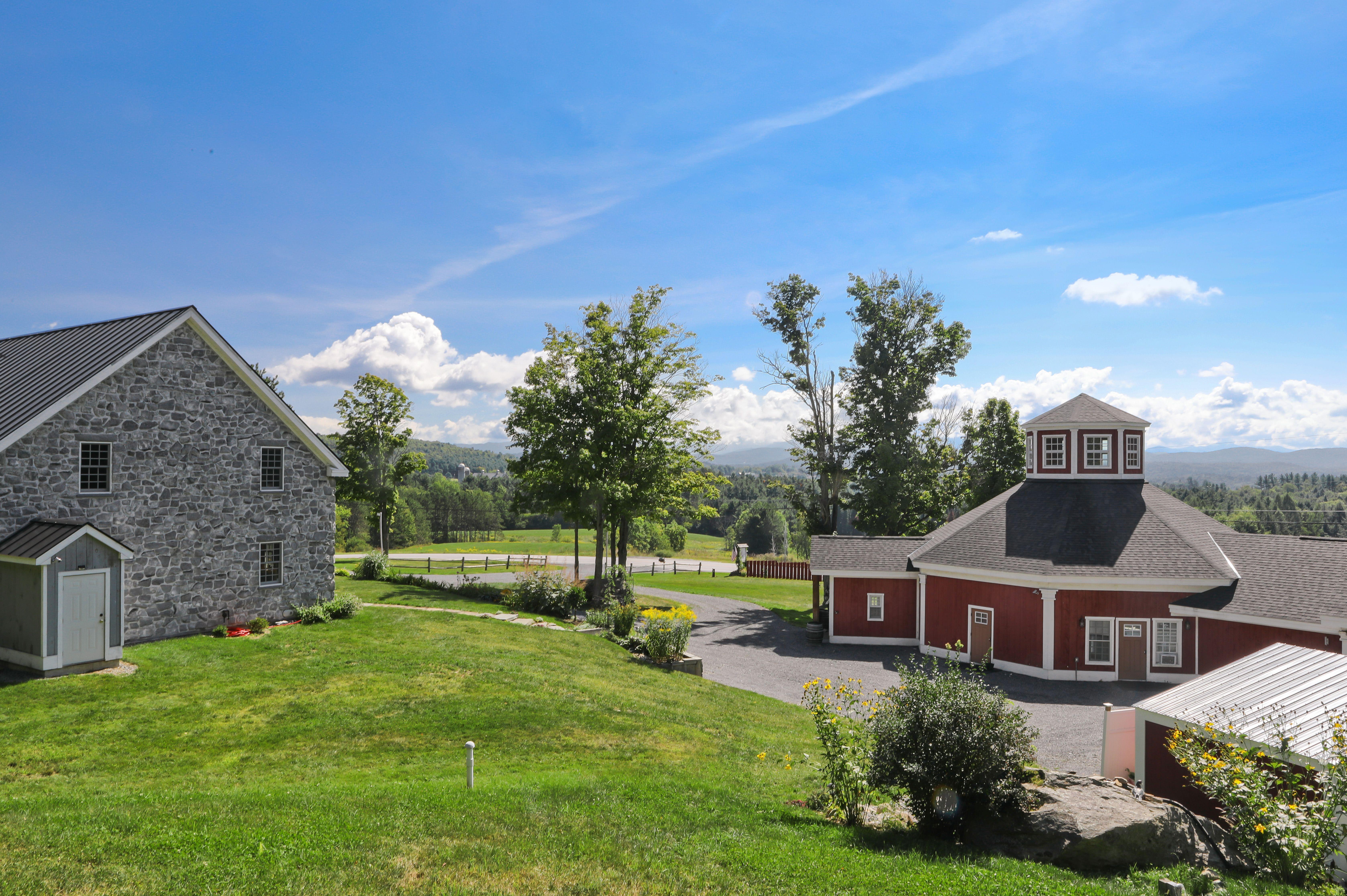 Grace farm wedding venue timber frame lodging for 33