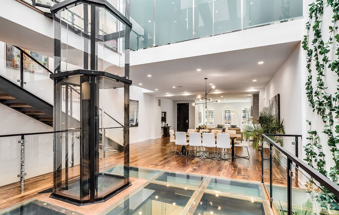 Savaria Vuelift Fine Art Meets Function With Spectacular Home Elevators That Offer Panoramic Views House Elevation Home New Home Construction