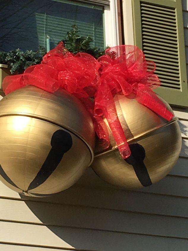 Giant Jingle Bells Christmas