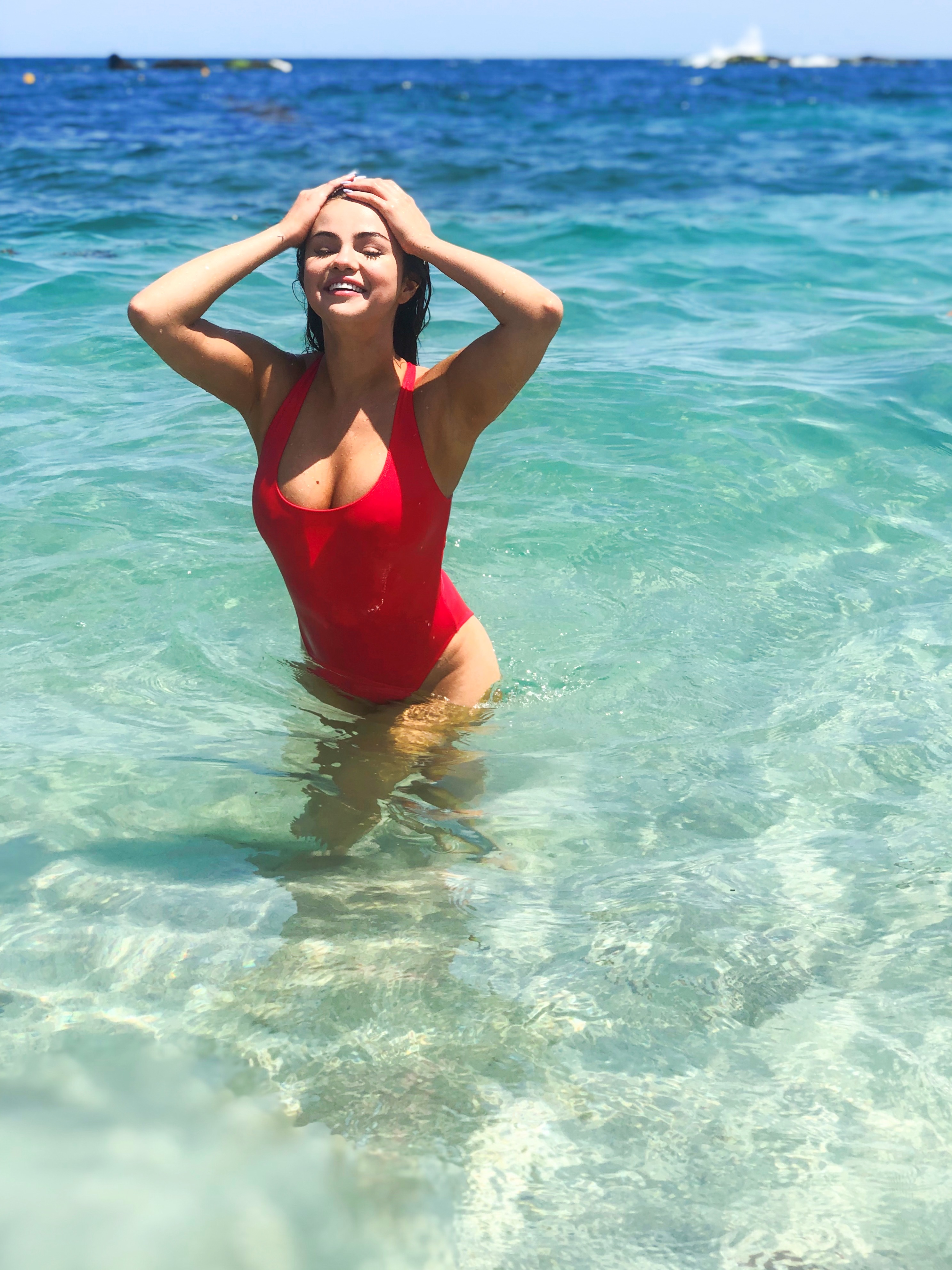 Swimsuit selena gomez Selena Gomez