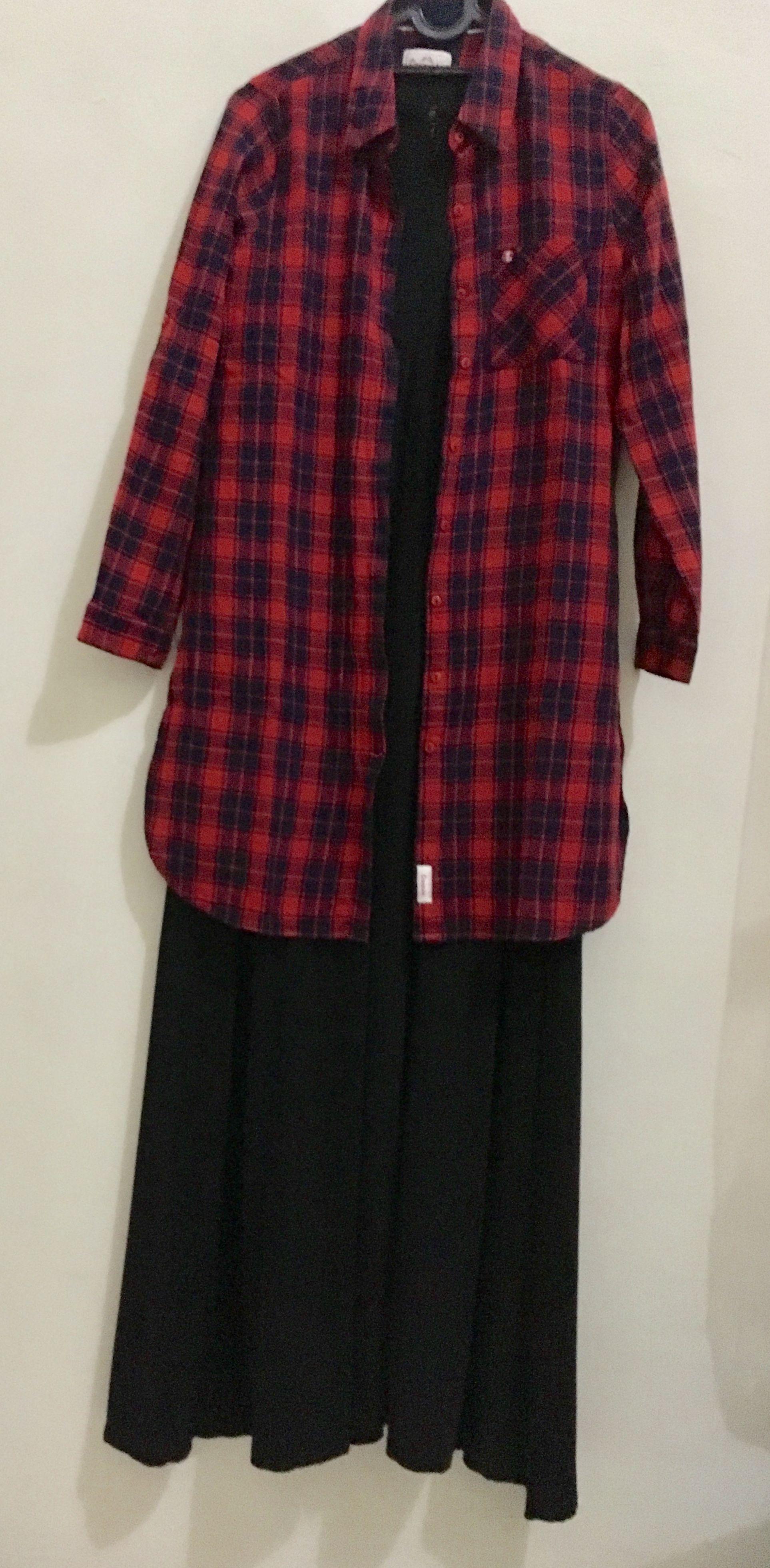 Black Dress With Flannel Shirt [ 3919 x 1926 Pixel ]