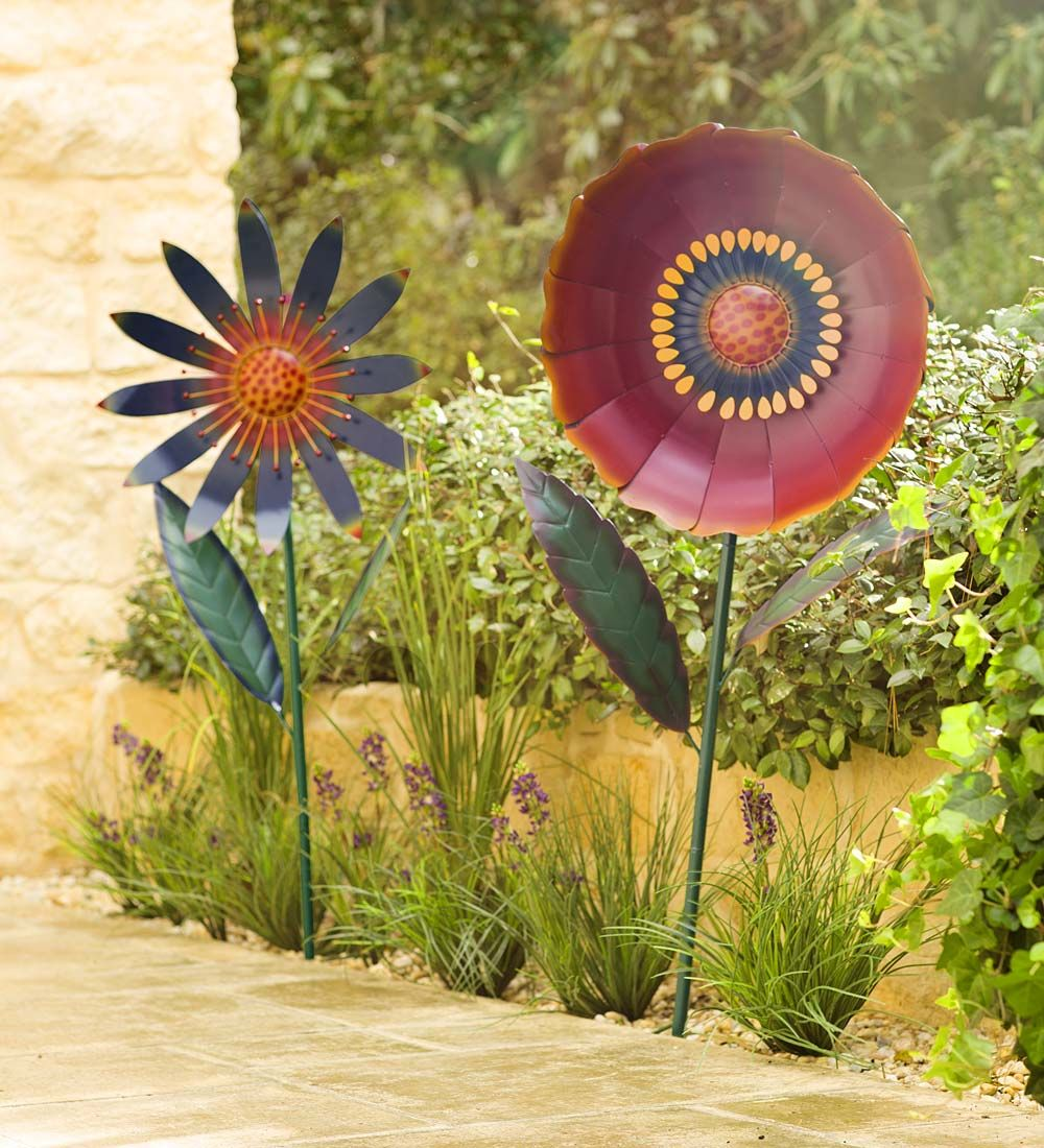 Large Metal Flower Garden Stake With Images Metal Flowers