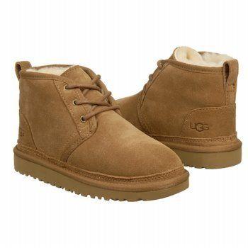Neumel Chukka Boots UGG. $108.00